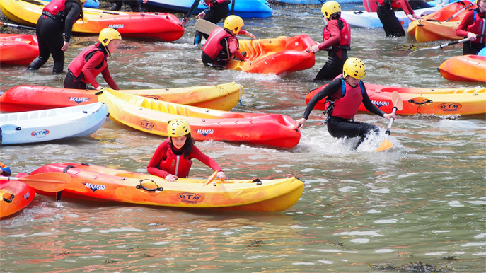 Kayaking in Carlingford Adventure Centre